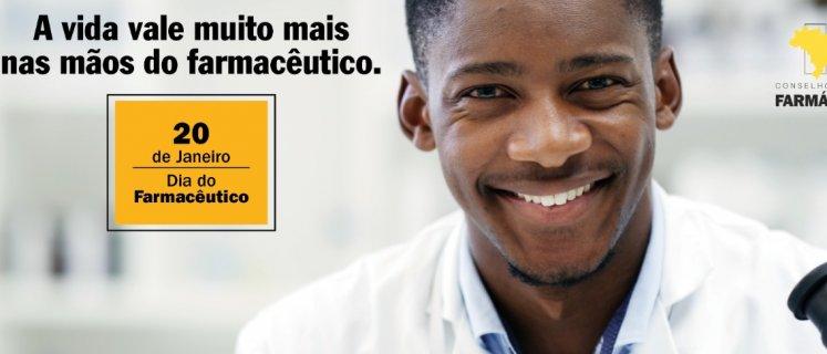 Brasil tem mais de 221 mil farmacêuticos distribuídos em 135 especialidades